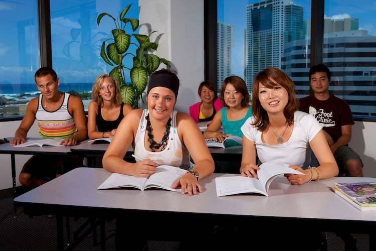 Hawaii-students-2