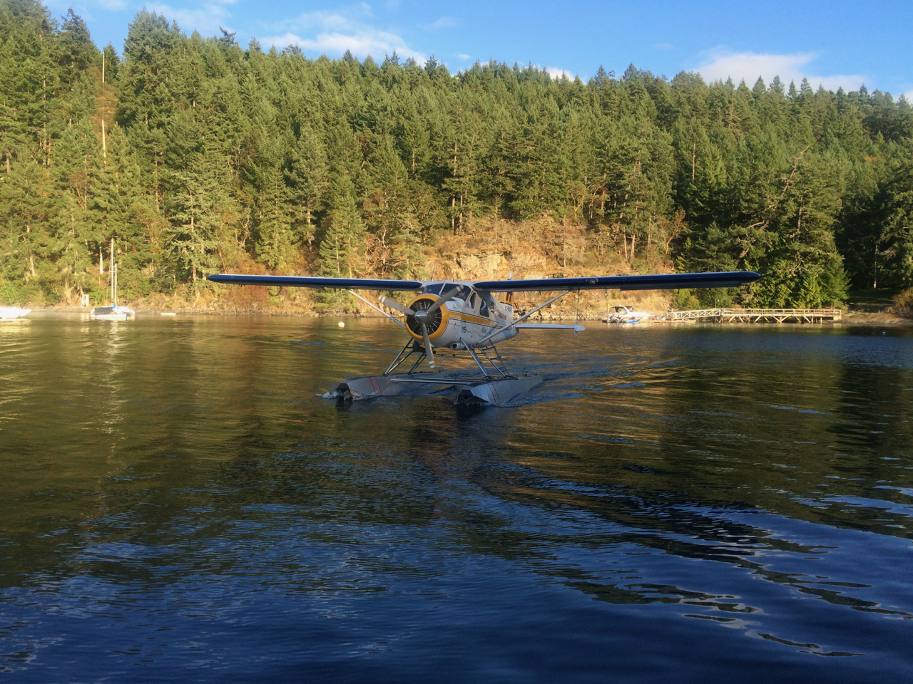 Float plane in Cowichan Bay