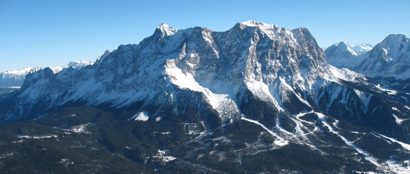 Rocky-Mountain-Landscape
