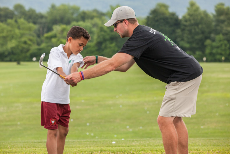 camper-golf-instruction