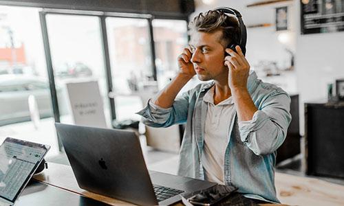 out - Comunicacion y atencion al cliente
